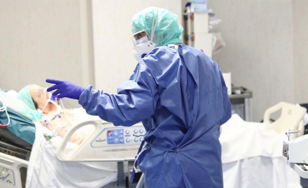 κορονοϊός εντατική ασθενής γιατρός